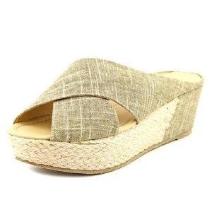 Linen Wedges